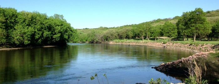 Oak Grove State Park is one of Iowa: State and National Parks.