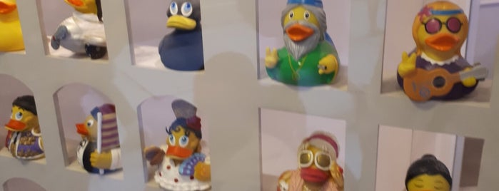 Barcelona Duck Store is one of BCN Shopping.
