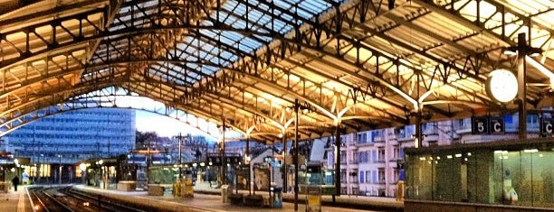 Lausanne Railway Station is one of Gares.