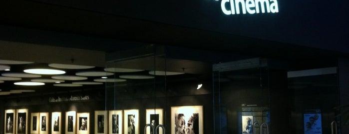 Espaço Itaú de Cinema is one of em Sampa.