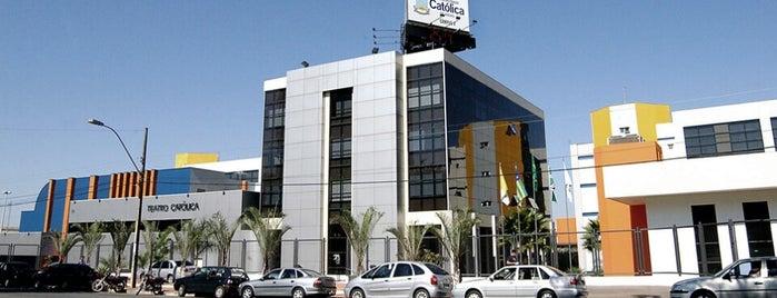 Pontifícia Universidade Católica de Goiás (PUC Goiás) is one of Favoritos;*.