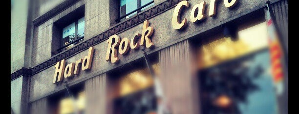 Hard Rock Cafe Barcelona is one of Comidos BCN.