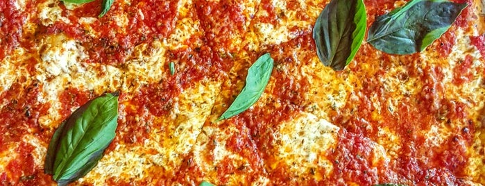 Ignazio's Pizza is one of Brooklyn Dining Adventures.