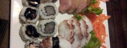 Fiji Sushi Lounge is one of Japoneses • Florianópolis.