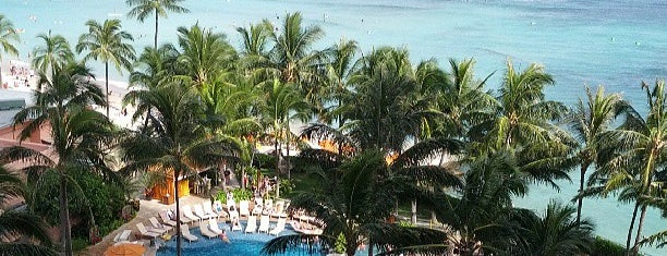 Sheraton Waikiki is one of Bucket List ☺.