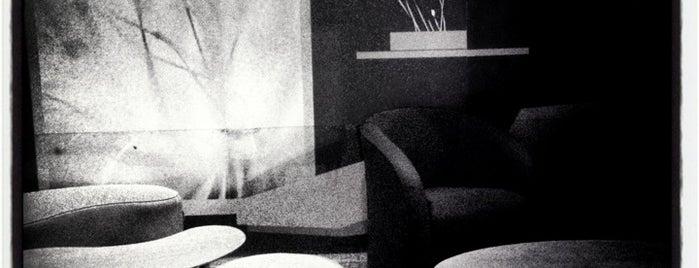Trasnocho Lounge is one of Por las noches.