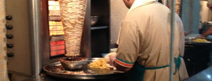 مطاعم فروج الشفا is one of Riyadh.