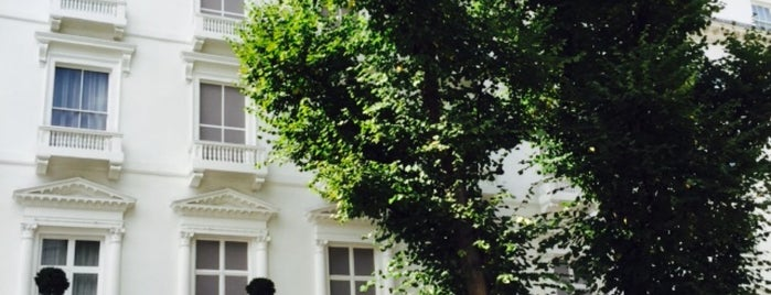 23-24 Leinster Gardens is one of Around The World: London.