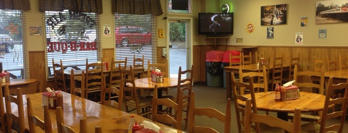 Fresh Air BBQ is one of Top 10 favorites places in Macon, GA.