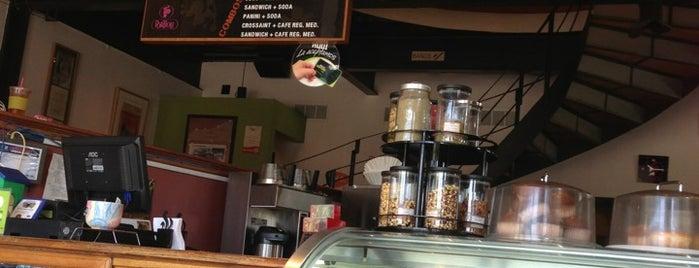 Café Tomás is one of Descuentos con IDENTIDAD-UABC.