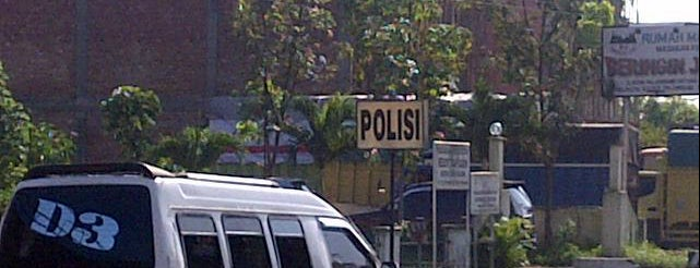Depan Polsek Tl.kelapa is one of Security Check Point.