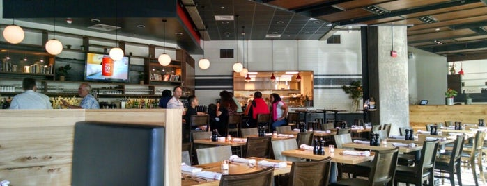 Red Dog Restaurant & Bar is one of SF Restaurants.