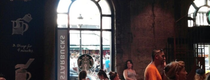 Starbucks is one of Best Coffices in Barcelona.