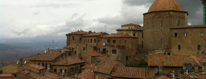 Volterra is one of Toscana.
