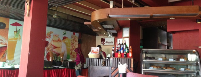 Palm Deck Restaurent is one of Cafe's and Restaurants Lists in Male'.