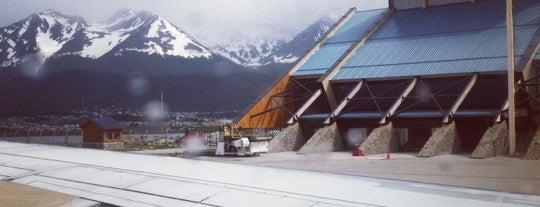 Aeropuerto Internacional de Ushuaia - Malvinas Argentinas (USH) is one of Airports been to.
