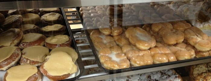 Long's Bakery is one of Naptown Dining.