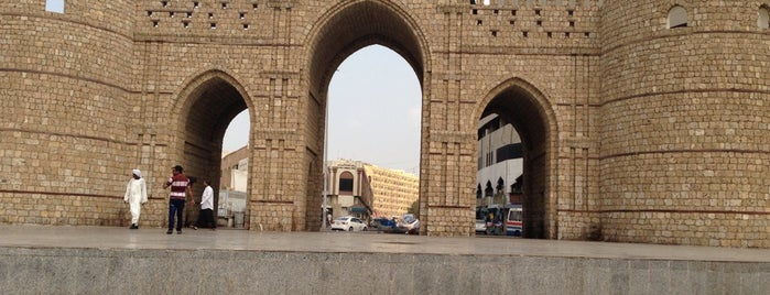 Bab Makkah Square is one of The Tour.