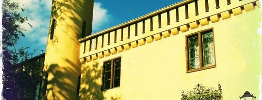 Schloss Petzow is one of Brandenburg Blog.