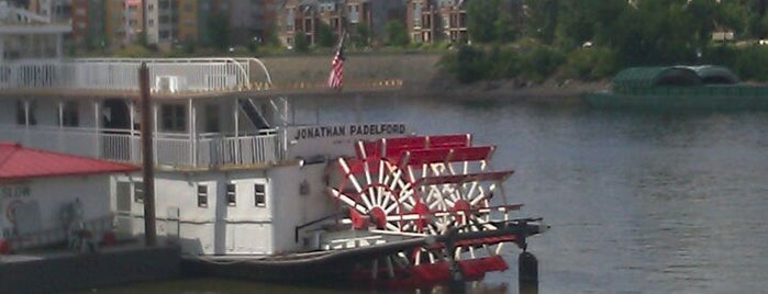 Padelford Riverboat is one of Places to go.