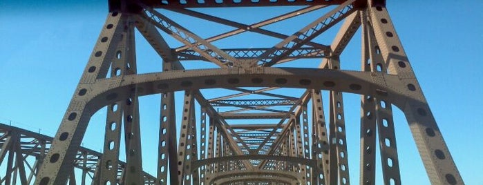 Hamilton Fish Newburgh-Beacon Bridge is one of Favorite places.