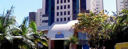 Plaza D'oro Shopping is one of Shoppings de Goiânia.