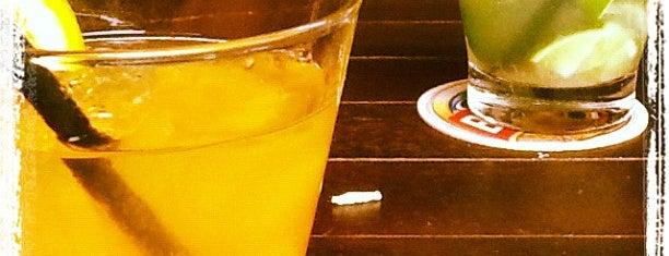 Joaquina Bar & Restaurante is one of Para Beber.
