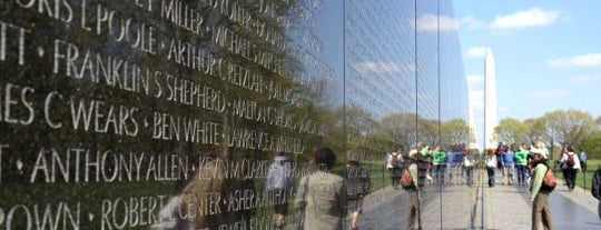 Vietnam Veterans Memorial is one of Dan's Places.