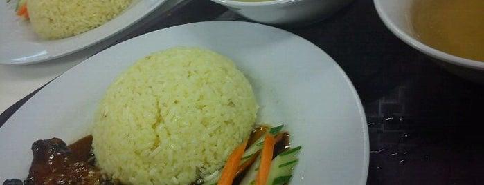 Tesco Food Court is one of jalan2 cari makan seksyen 13 shah alam.