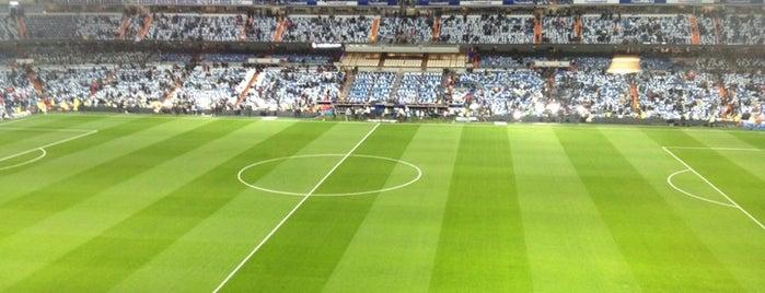 Santiago Bernabéu Stadium is one of Campos de fútbol.