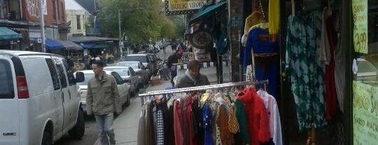 Kensington Market is one of Cosas por hacer en Toronto.