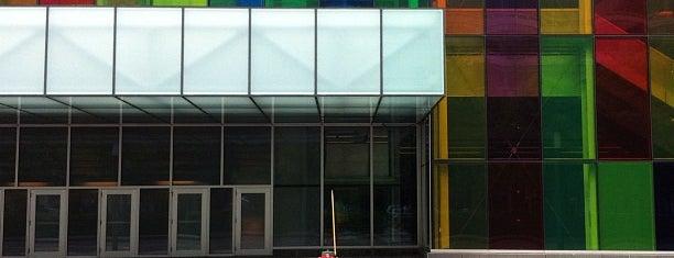 Palais des Congrès de Montréal is one of Canadian Anime Cons.