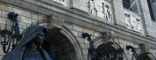 Boston Public Library is one of Hub History.