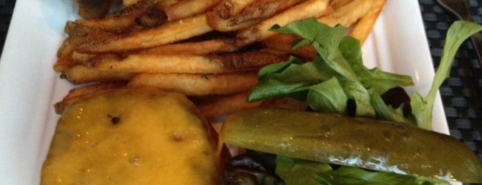 Custom House is one of Best Burgers in the South Loop.