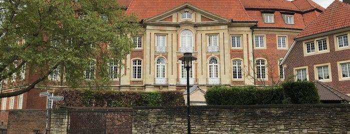 Erbdrostenhof is one of Munster.