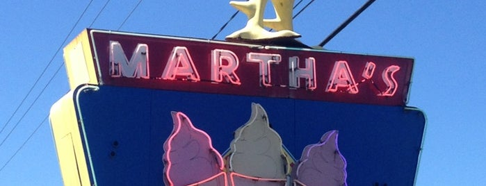 Martha's Dandee Creme is one of Guide to Lake George's best spots.