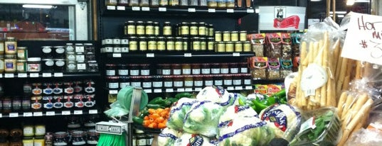 Tacoma Boys H & L Produce is one of Where to find Sauce Goddess in the Northwest.