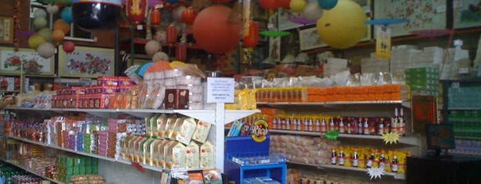 Tienda China Agrochina is one of Empresas.