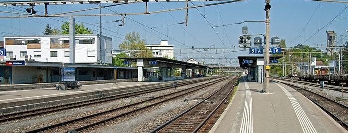 Bahnhof Effretikon is one of Bahnhöfe.