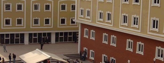 İstanbul Aydın Üniversitesi is one of İstanbul'da En Çok Check-in Yapılan Mekanlar.