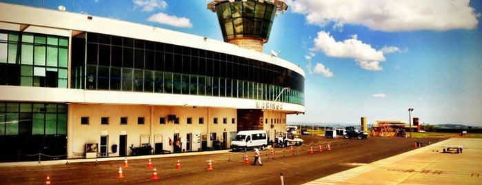 Aeroporto Regional de Maringá (MGF) is one of Meus lugares.