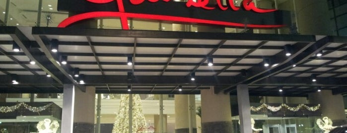 Glorietta 3 is one of Places I've been to....