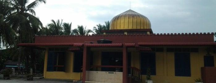 Masjid Jamek Air Kuning is one of masjid.