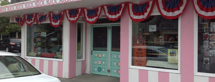 Bruce's Candy Kitchen is one of Oregon.