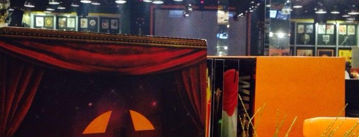 Movie Stars Café is one of Manila + Pasay Eats.