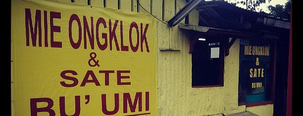 Mie Ongklok dan Sate Bu Umi is one of Semarang, Wonosobo dsk.