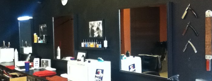 Central Barbershop is one of Piter.