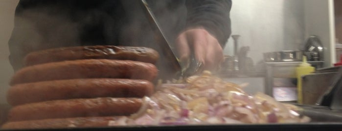 Johnie Hot Dog is one of Athens Street Food.