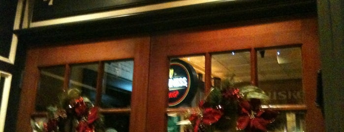 Buskers Irish Pub & Restaurant is one of Newport: Favorite Places.