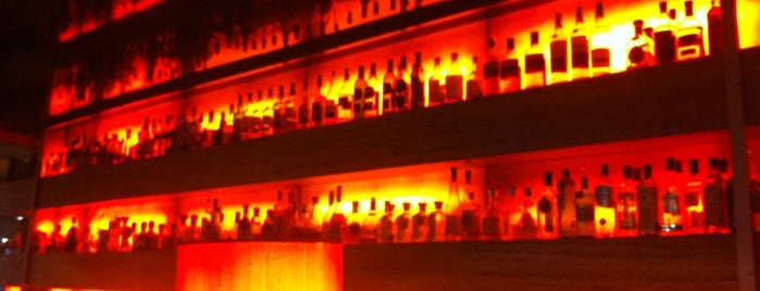 Harry's New York Bar is one of Köln.